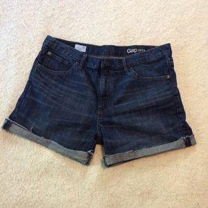 Gap Sexy Boyfriend jean shorts 31